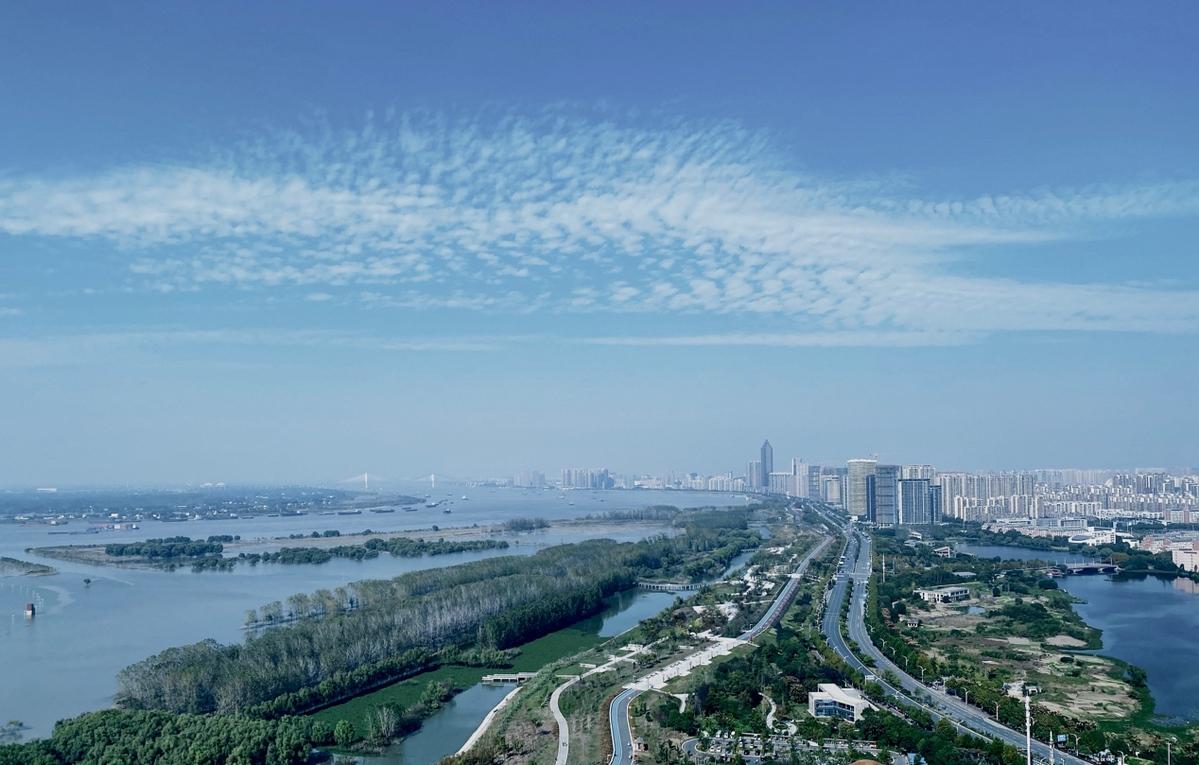 """安徽芜湖市:奋努力建设清澈的堤岸绿 """" 智慧长江"""""""